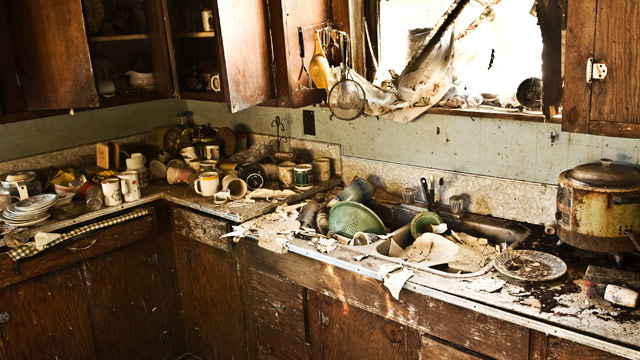 gty_dirty_kitchen_sink_jt_120122_wmain